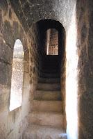 escalinatas-torre-castillo-de-la-mola-novelda