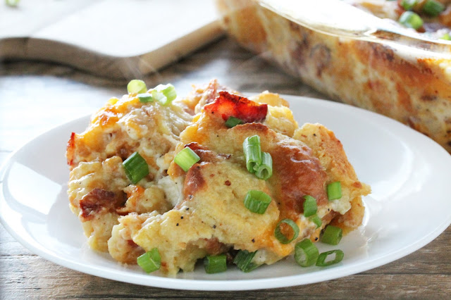 All the flavors of a fantastic loaded baked potato stuffed into a heart warming, class comfort food: stuffing. It's Loaded Baked Potato Stuffing.