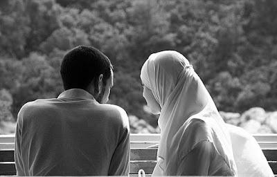 Bermusyawarah Dengan Istri