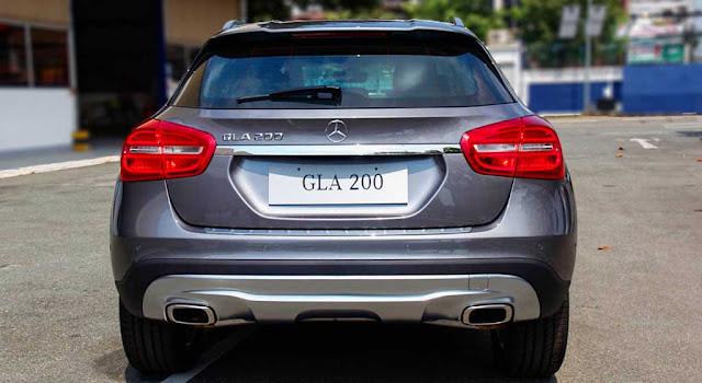 Đuôi xe Mercedes GLA 200 2017 thiết kế mạnh mẽ và lôi cuốn