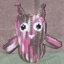 http://translate.googleusercontent.com/translate_c?depth=1&hl=es&rurl=translate.google.es&sl=auto&tl=es&u=http://redwoodstitch.blogspot.com.es/2011/06/funky-horned-owl-thing.html&usg=ALkJrhhT9F6XLyVh7JUCh6fMsQaeVLaJ6g