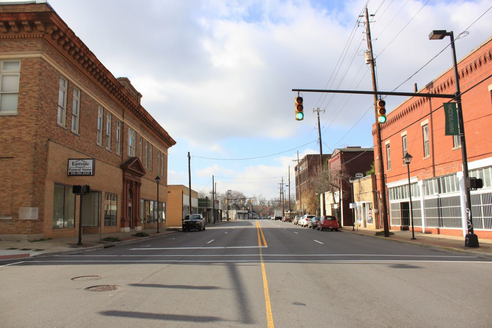 An image of street of woodlawn downtown