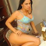 Andrea Rincon, Selena Spice Galeria 34 : Blue Jean Y Blusa Con Flores Foto 44