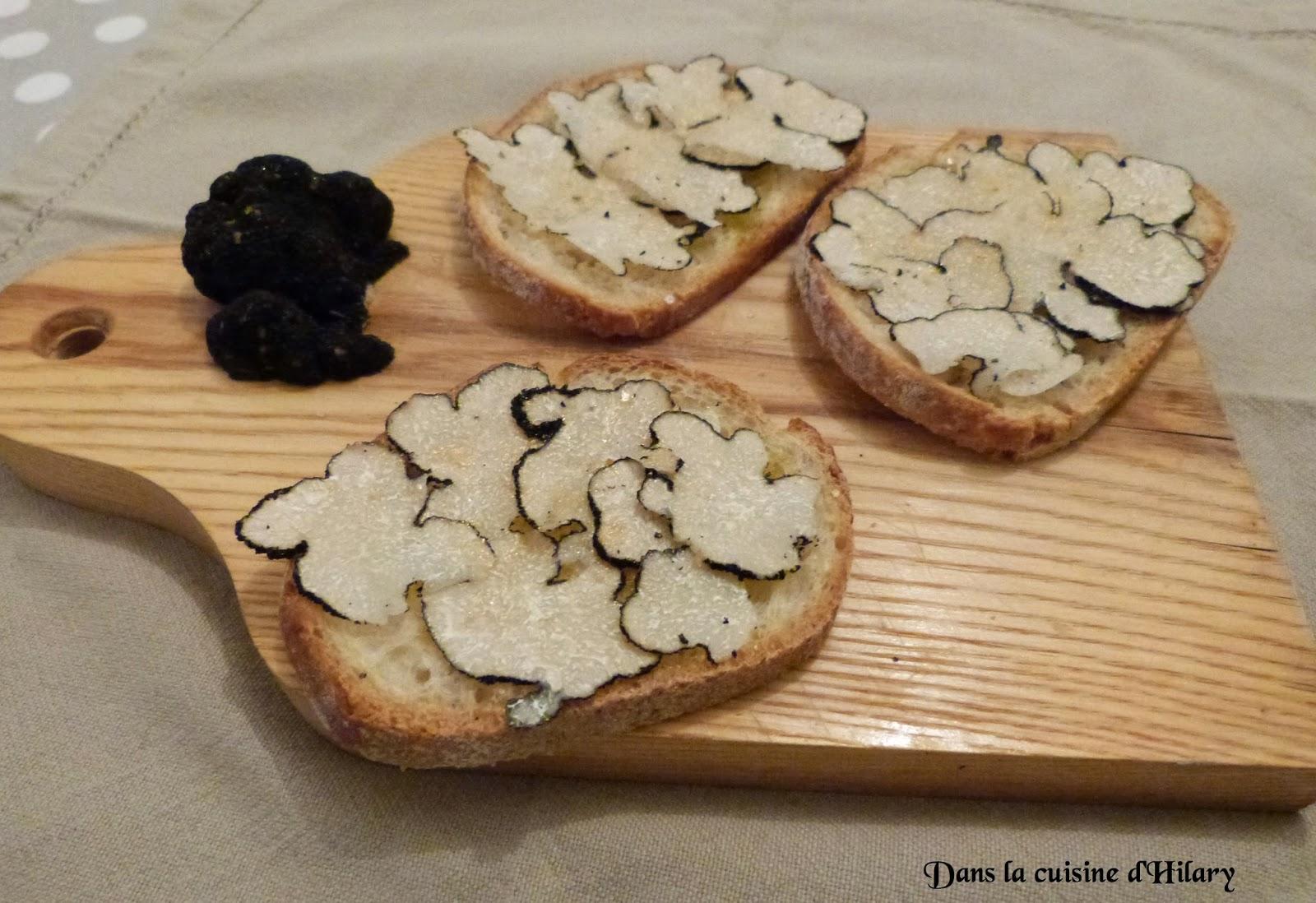 Tartines à la truffe blanche