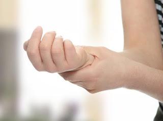 أعراض التهاب الأعصاب وطرق العلاج من موقع بسهولة