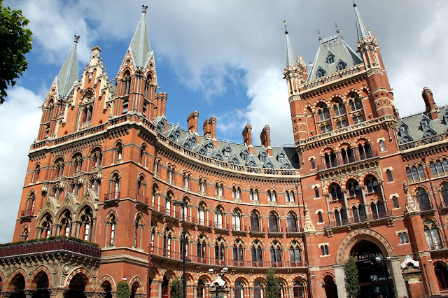Staycation at the London St. Pancras Renaissance Hotel & The Booking Office