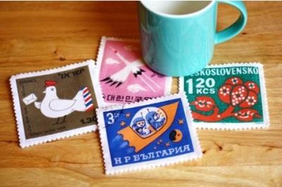 Lapisi dengan perangko berukuran besar.