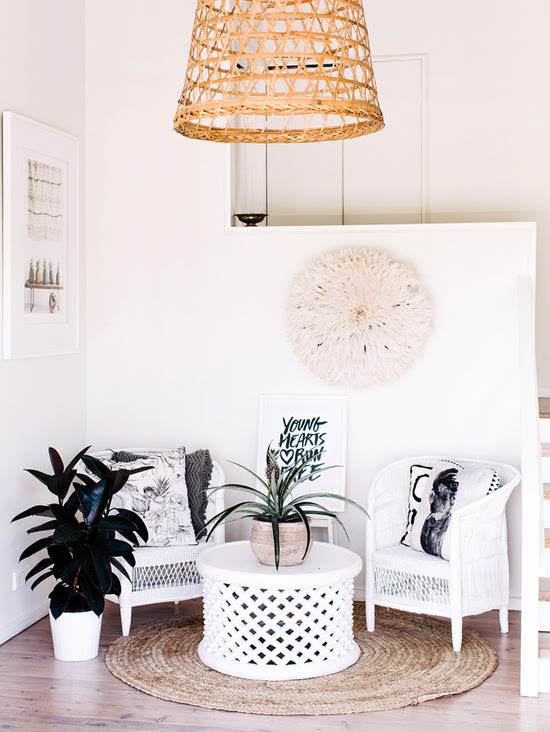 Safari Fusion blog | [Colour crush] White on white | Lovely seating nook featuring a White Bamileke Feather Headdress [Juju hat] and a Bamileke Stool + Table