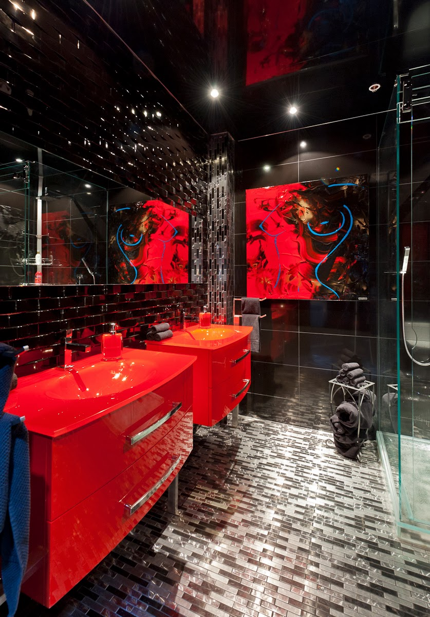 baño colores negro y rojo