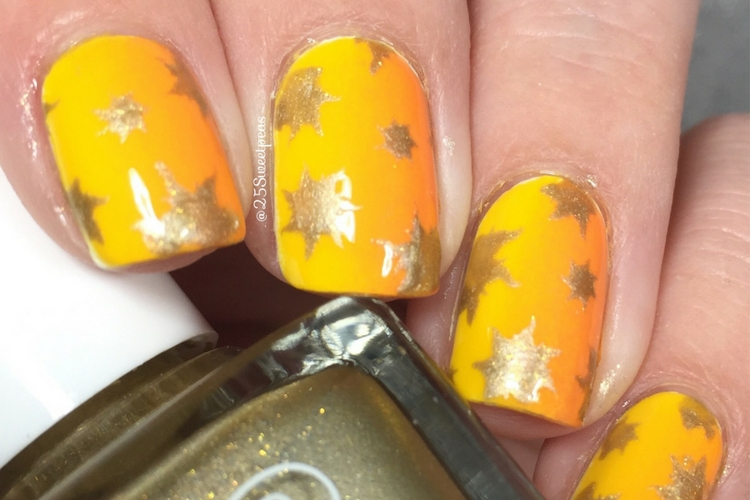 Snail Vinyls Sunburst Nails