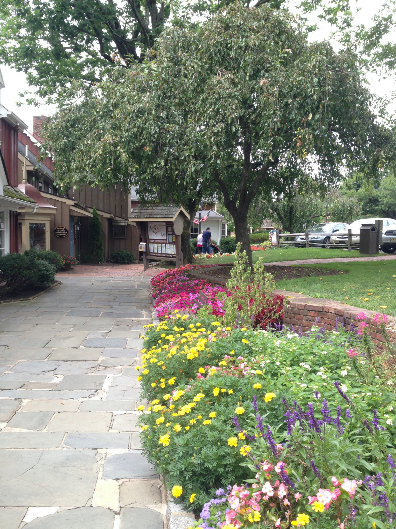 Explore Peddler's Village in historic Bucks County, PA// via @ahopefulhood