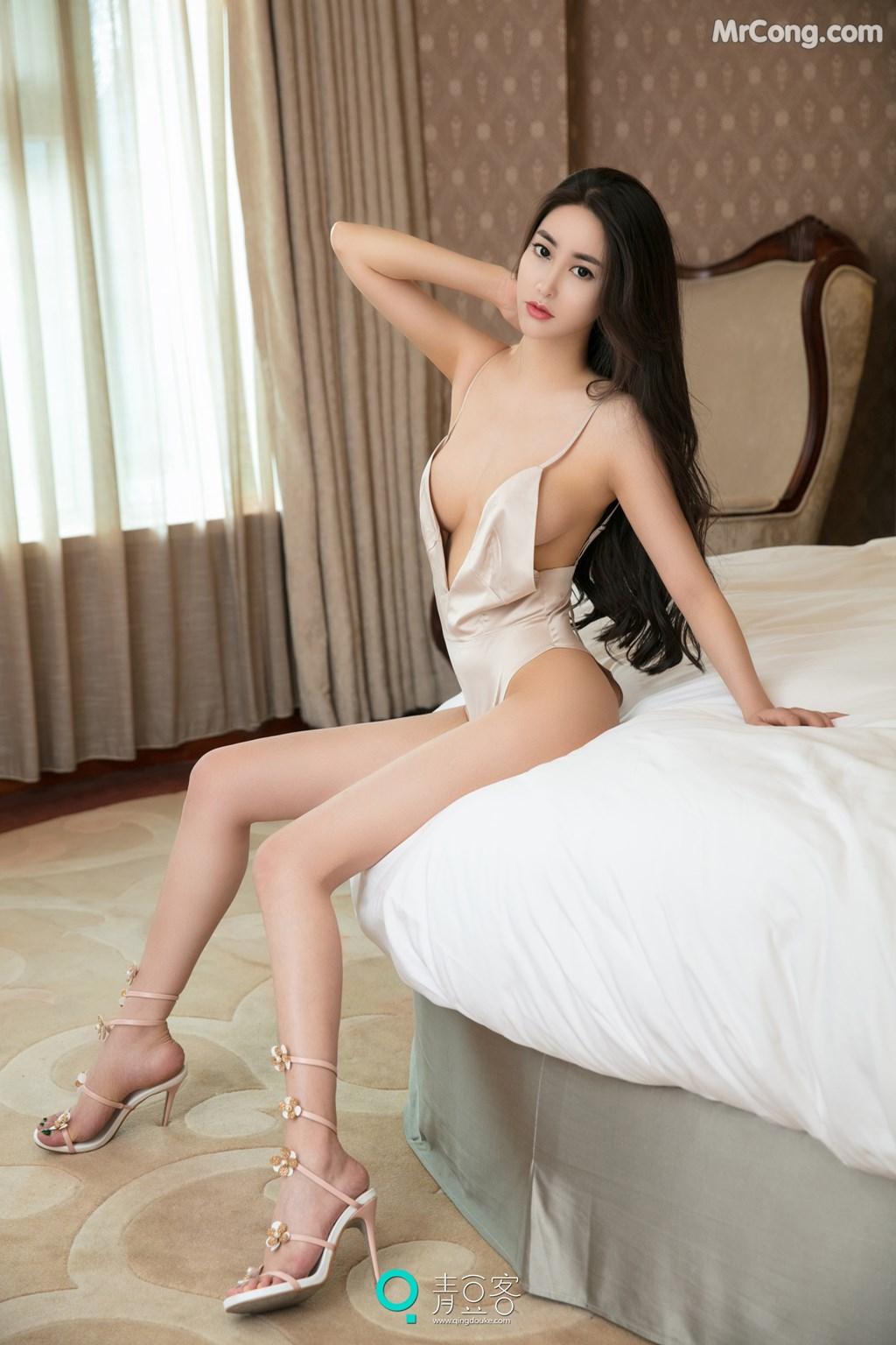 Image QingDouKe-2017-08-03-Mu-Fei-Fei-MrCong.com-028 in post QingDouKe 2017-08-03: Người mẫu Mu Fei Fei (穆菲菲) (53 ảnh)