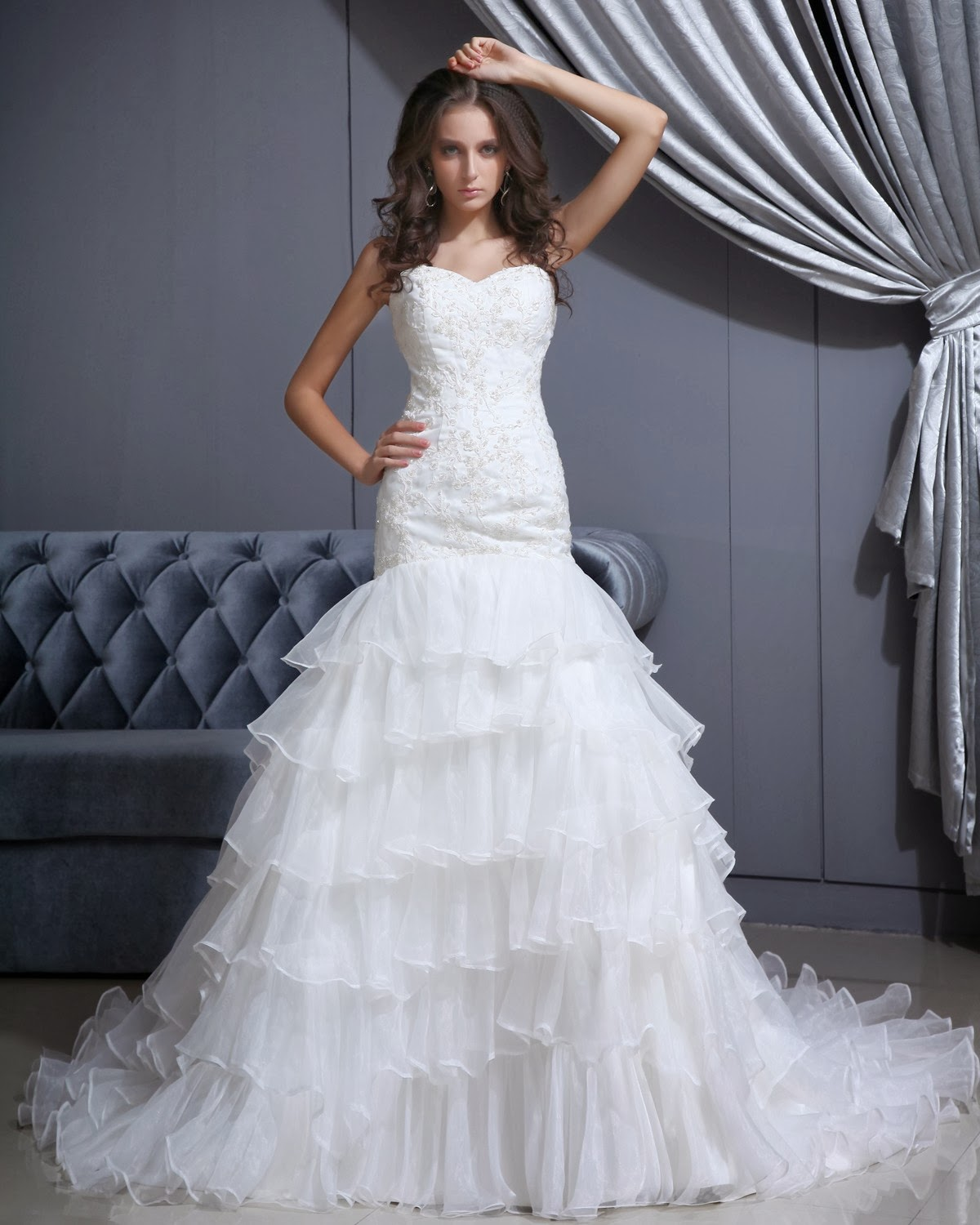 Pictures Of Gowns For Wedding: Wedding Dress: Finding Discount Wedding Gowns Online
