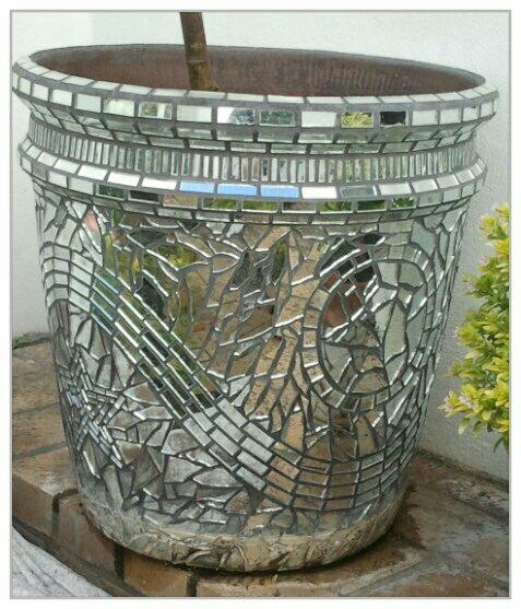 Twin Mirror Mosaic Pots