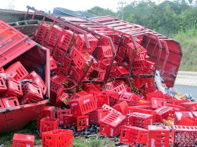 Image result for Picha za Gari la cocacola ajali
