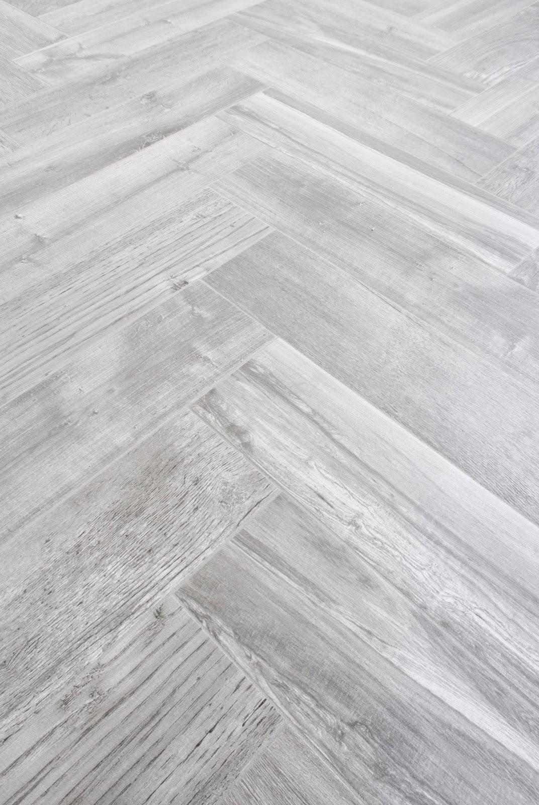 do it yourself divas: DIY Herringbone Tile Floor - Sunroom ...