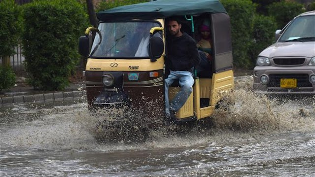 Flash floods kill 11 in Pakistan's southwestern province of Balochistan: officials