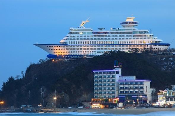 Korea's Unique Cruise Ship Hotel