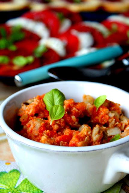 dorsz,danie z ryby,przekąska z dorsza,jak przyrządzić dorsza.ryba w pomidorach,skworcu pieprz ziołowy,skworcu sól himalajska różowa,skworcu olej kokosowy