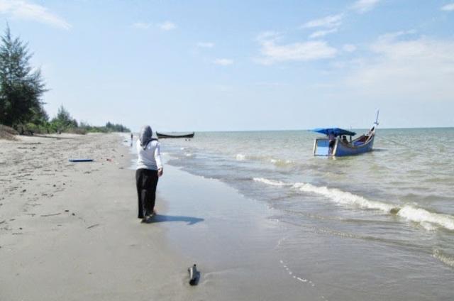 Destinasi Wisata Pantai Kuala Penaga Aceh