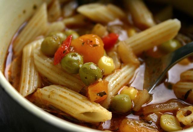 El caldo de verduras puede ser preparado de manera natural