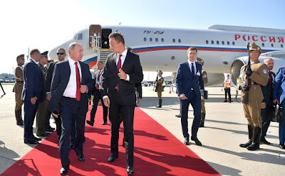 Vladimir Putin arrived in Hungary to participate in the opening ceremony of Judo World Championship.