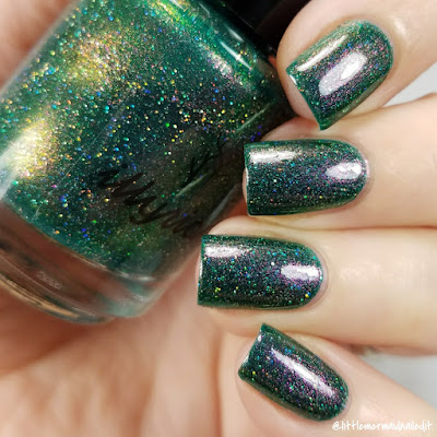 Illyrian Polish Santa's Elves For The Love Of Polish December 2017 Swatches and Review