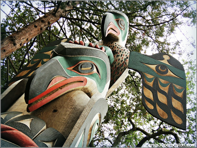 Totem, Universidad de Stanford