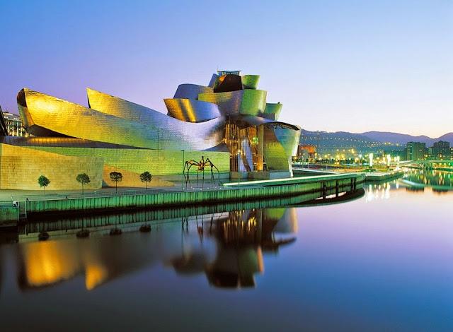 Bảo tàng The Guggenheim Museum Bilbao, Tây Ban Nha