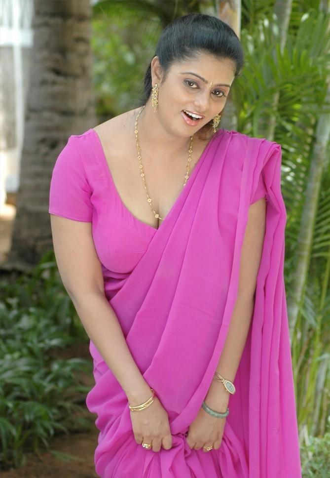 Mallu Aunty -Kallachavi-Fame-Violet Saree-Seducing Pics  Hot Sexy Desi Girls Nude And Xxx Photos-1836