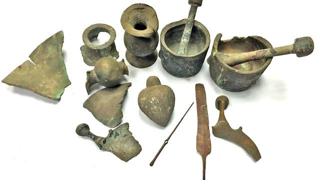 Metalistería donada a la Autoridad de Antiguedades de Israel