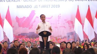 Dicegat Warga 9 Kali, Ini Cerita Jokowi Di Silaturahmi KGM X-PGI