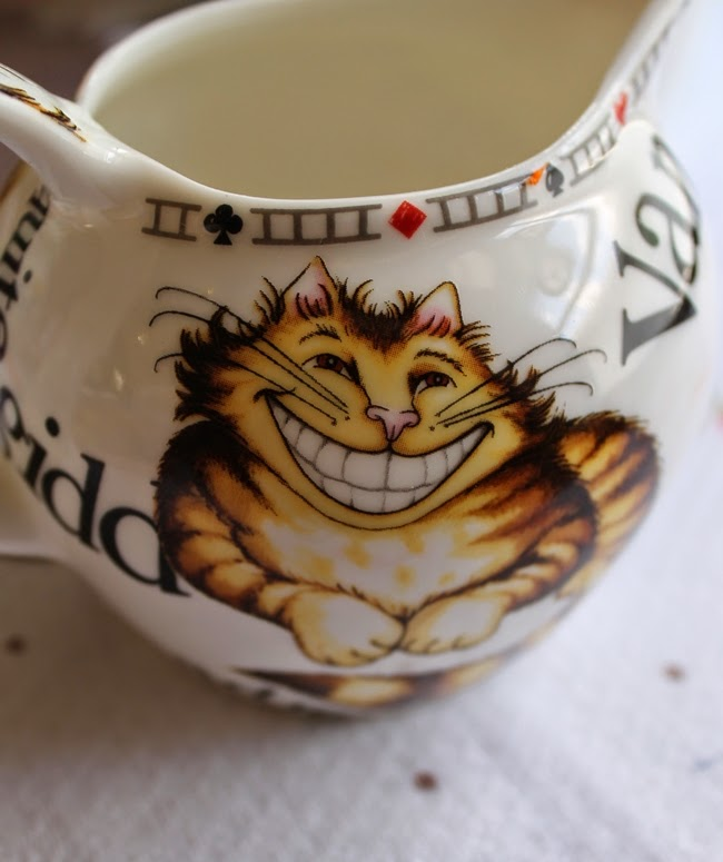 alice in wonderland tea party tea set cheshire cat