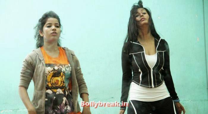 , Rakhi, Kashmira & Shefali Rehearse for CC's New Year Show