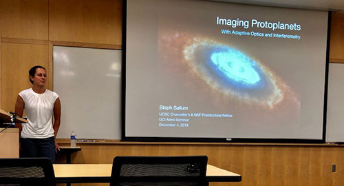 Dr. Steph Sallum, UCSC Postdoc, getting ready to begin the seminar on Imaging Protoplanets