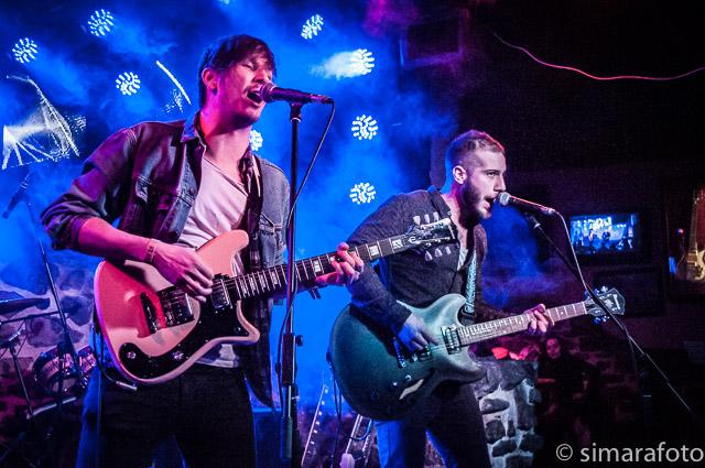 taylor gitár randevú Egyesült Királyság randevú kor