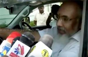 Chief Minister of Srilanka's Northern Province CV. Vigneswaran conveys his wishes to Jayalalithaa