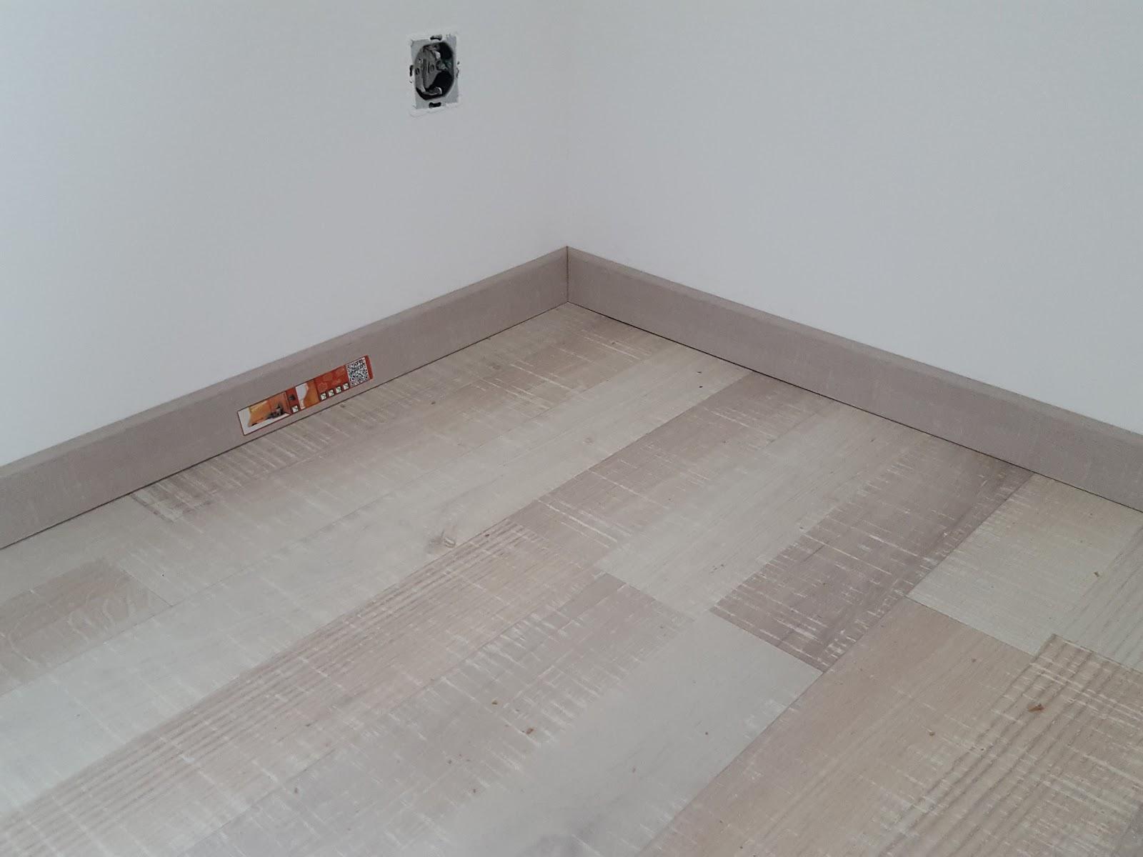 hausbau nickern blog tag 144 lieferung bodenbelag. Black Bedroom Furniture Sets. Home Design Ideas