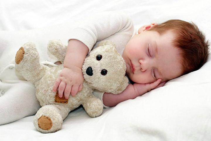 Tips Memilih Pakaian Bayi yang Tepat