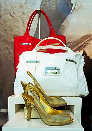 China Wholesale Designer Handbags, Clothing, Replica Shoes ...