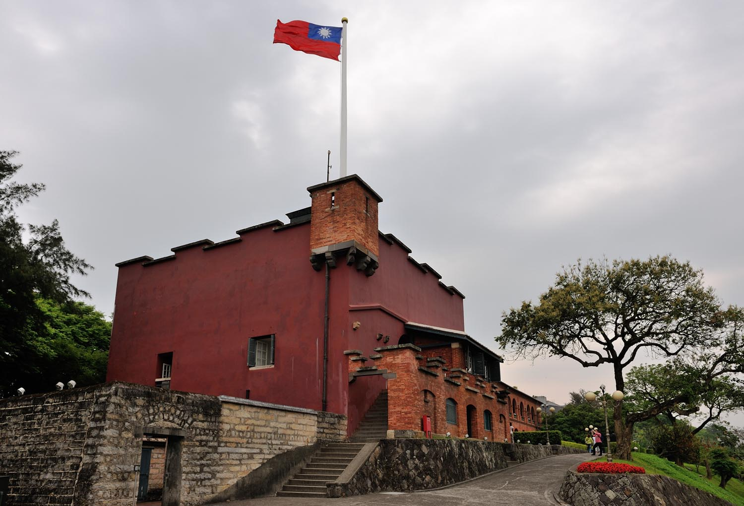 The Amazing Life: Fort Santo Domingo and Old British Consulate