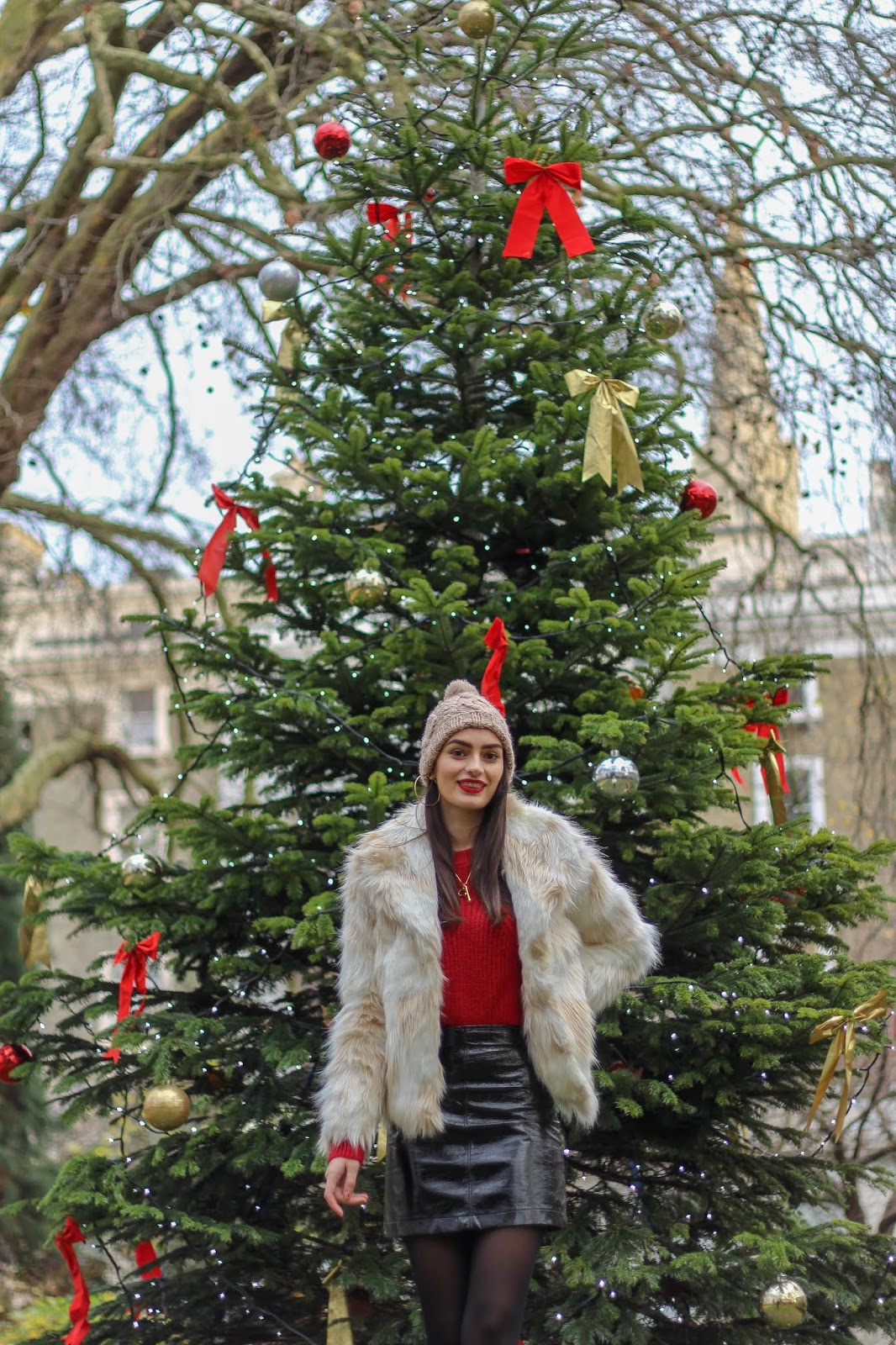 christmas in london peexo