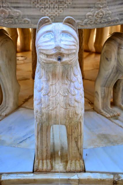 12 lew z Alhambry