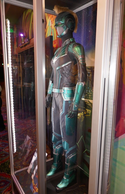 Captain Marvel Vers Starforce movie costume