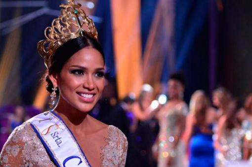 SASHES AND TIARAS.....Miss Colombia Universe 2015-2016: EVENING GOWN RECAP | Nick Verreos