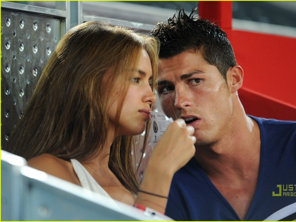 who is cristiano ronaldo dating 2012
