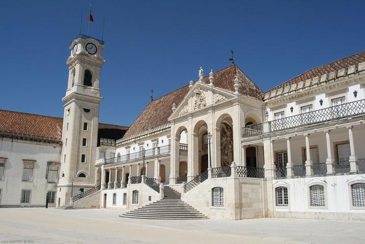 Resultado de imagem para universidade portuguesa