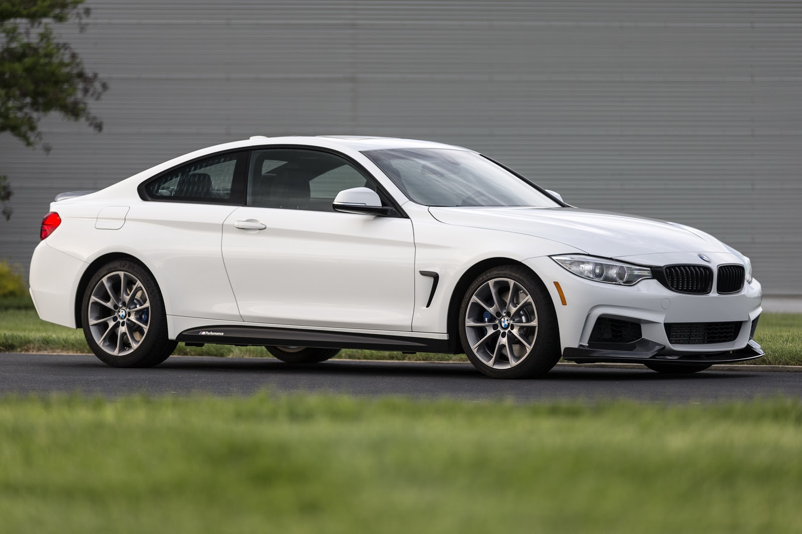 new bmw 435i zhp coupe with 335hp and lsd limited to 100. Black Bedroom Furniture Sets. Home Design Ideas