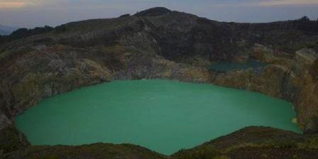 fasilitas danau kelimutu fungsi danau kelimutu danau gunung kelimutu danau di gunung kelimutu danau tiga warna gunung kelimutu danau 3 warna gunung kelimutu
