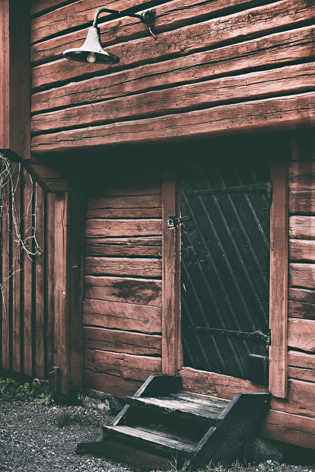 Loviisa, Lovisa, Suomi, Finland, visitloviisa, outdoors, outdoorphotography, valokuvaaja, photographer, Visualaddict, Frida Steiner, visualaddictfrida, finlandphotolovers, aitta, punamulta, hirsi, vaja